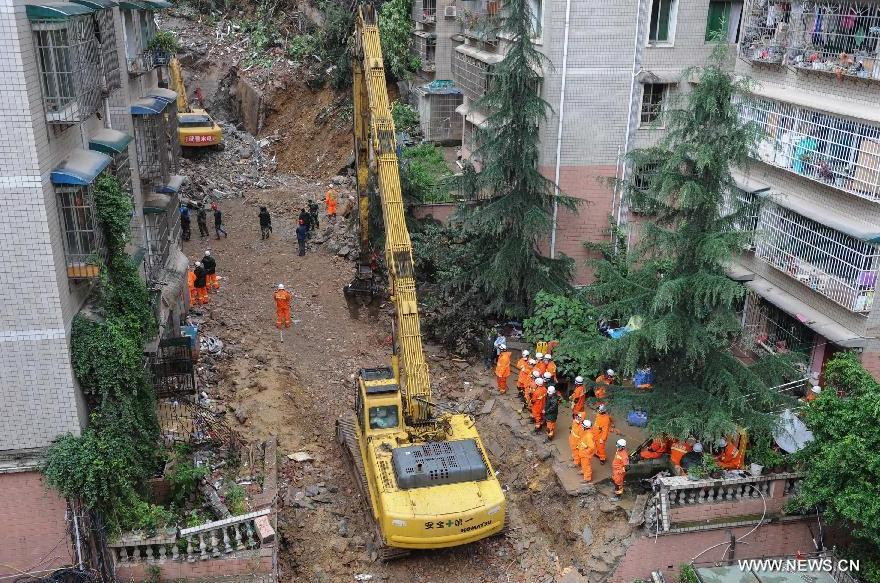 All 16 trapped in SW China collapsed building found dead