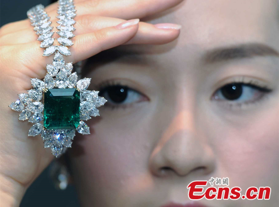 Rare emerald necklace valued at HK$23 million during auction preview