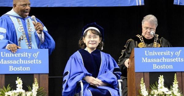 U.S. leading university honors Chinese writer Zhang Haidi