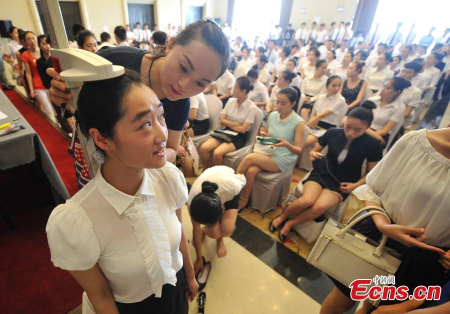 Cabin attendant recruit getting popular in China