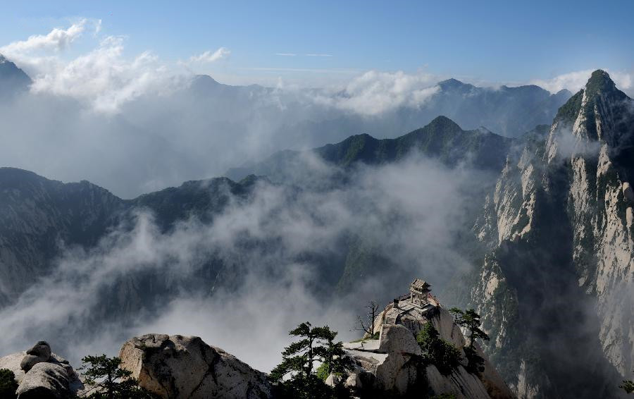 Scenery of Huashan Mountain blanketed by mist