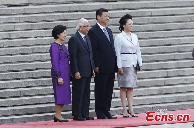 Chinese president holds welcoming ceremony for Singaporean president