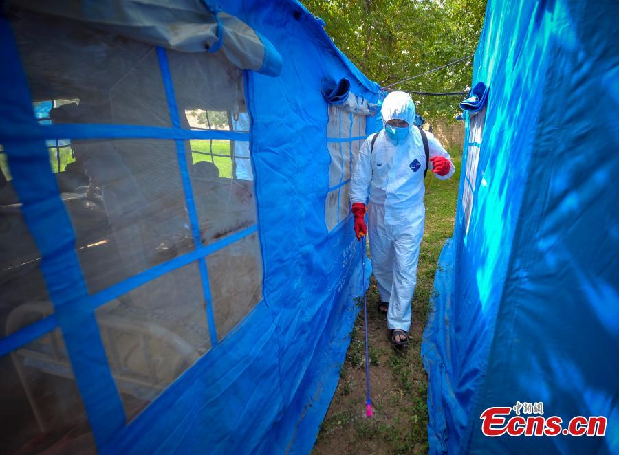 Xinjiang's quake-hit area increases anti-epidemic effort