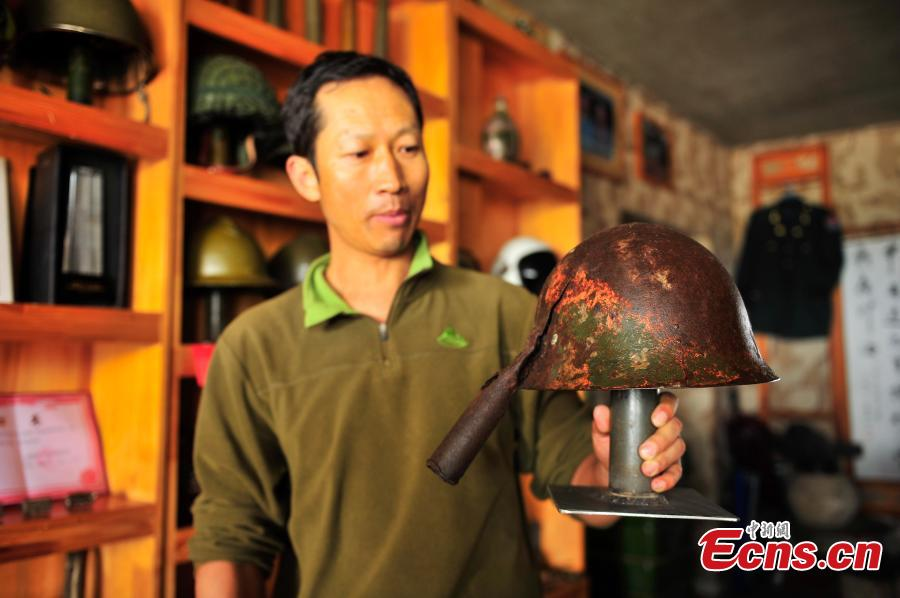Collector displays 4,000 WWII relics in hope for peace