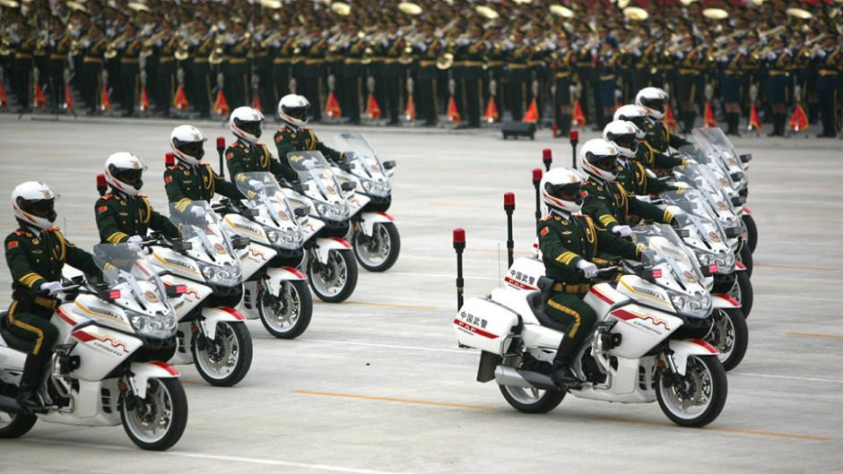 Chinese armed police motorcycle guard formation to make its debut