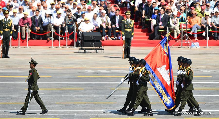 Foreign troops attend V-Day parade