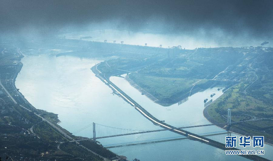 Water level at Three Gorges Dam reaching 175-meter mark