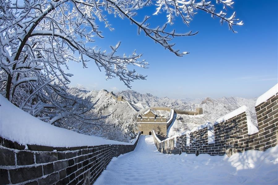 The Great Wall with snow background