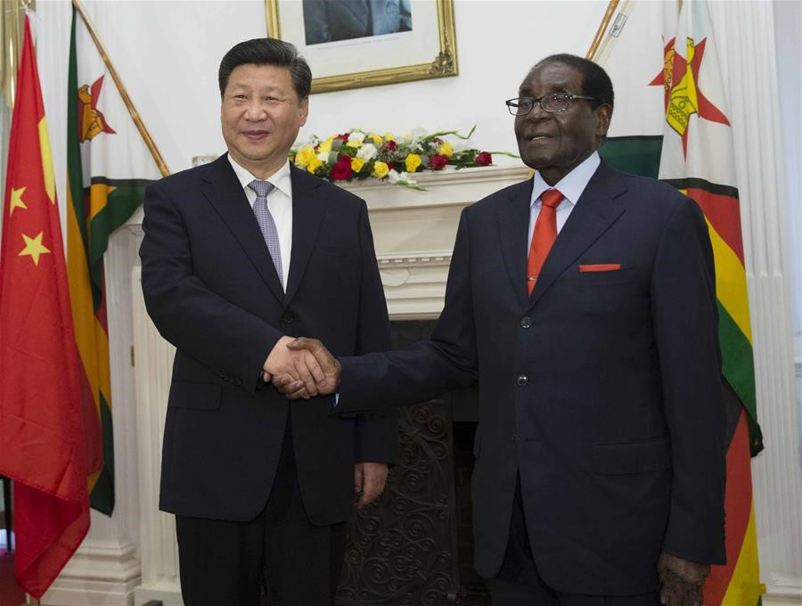 President Xi meets with Zimbabwean President in Harare