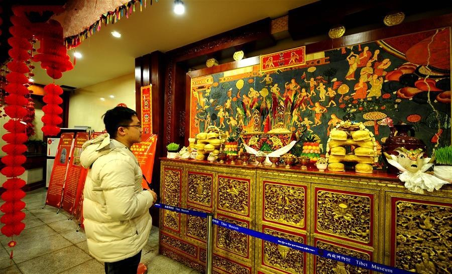 Cultural exhibition opens at Tibet Museum in Lhasa