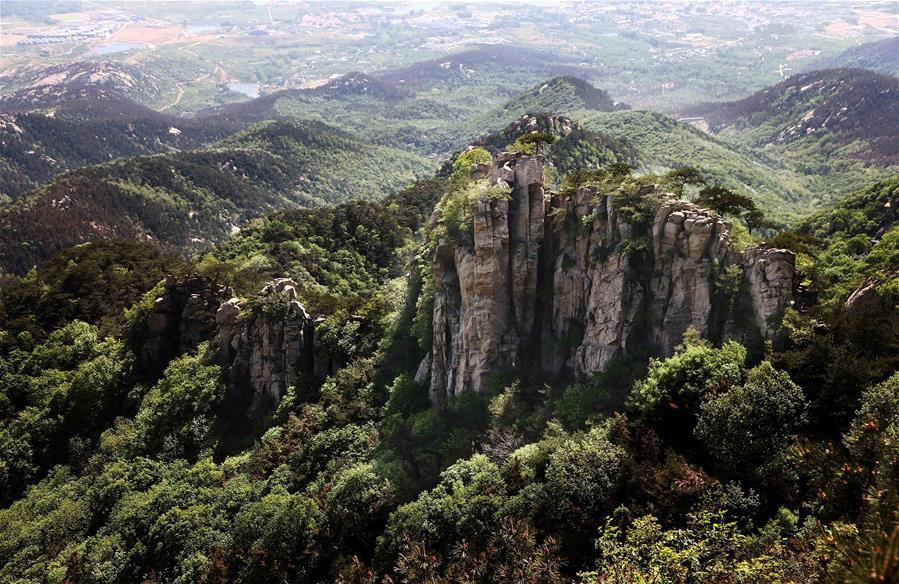 Scenery of Yimeng Mountain in Shandong