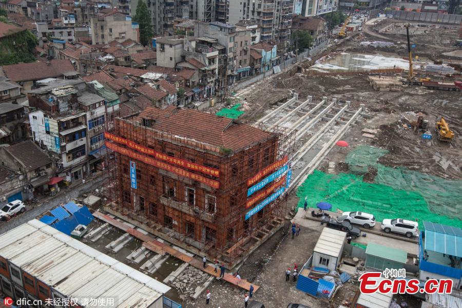 100-year-old building moved 70 meters intact in Wuhan