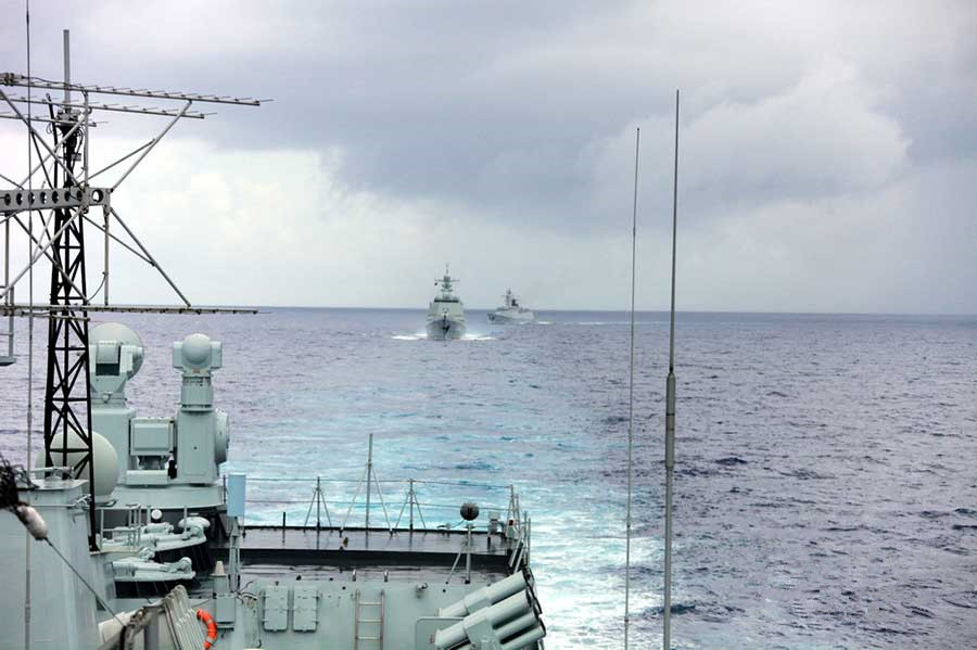 South Sea Fleet conducts live fire shooting in Western Pacific Ocean