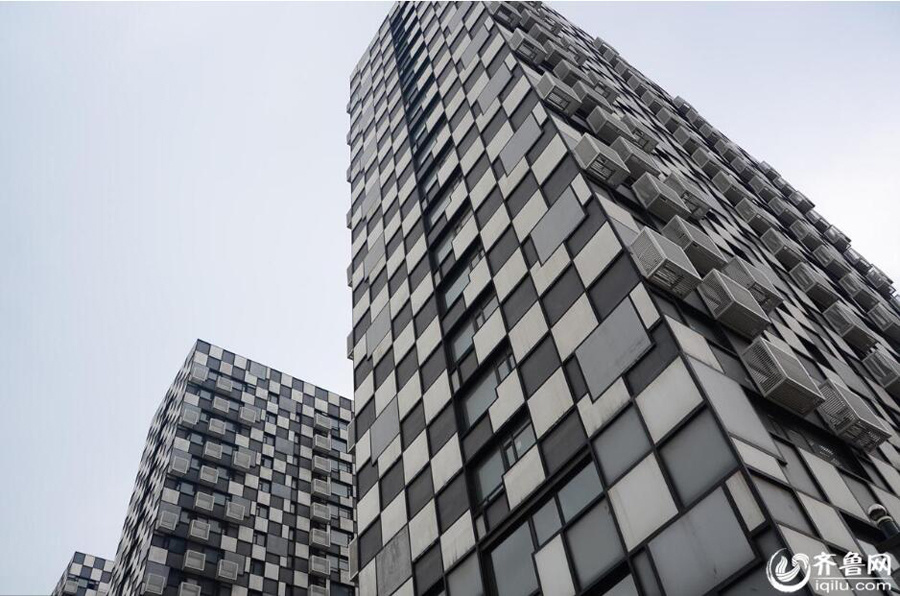 Locals perplexed by buildings' black-and-white squares