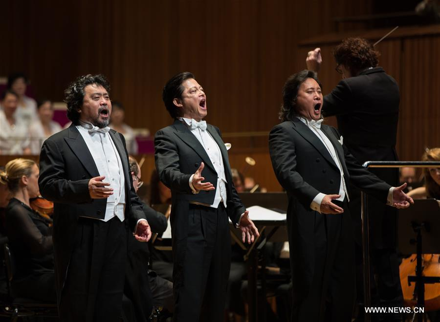 China's Three Tenors sing in Sydney Opera House