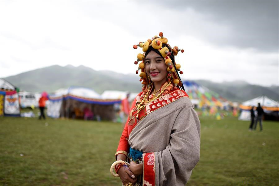 Traditional Tibetan costumes presented during fashion show