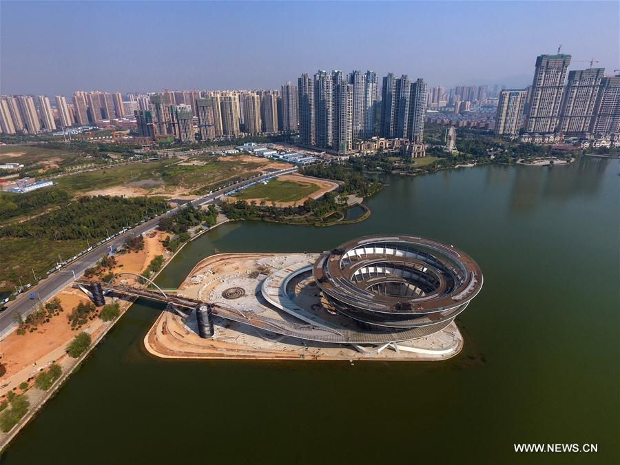 Spiral sightseeing platform under construction in Changsha