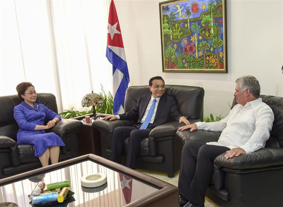 Chinese premier meets Cuba's first vice-president of councils of state and ministers