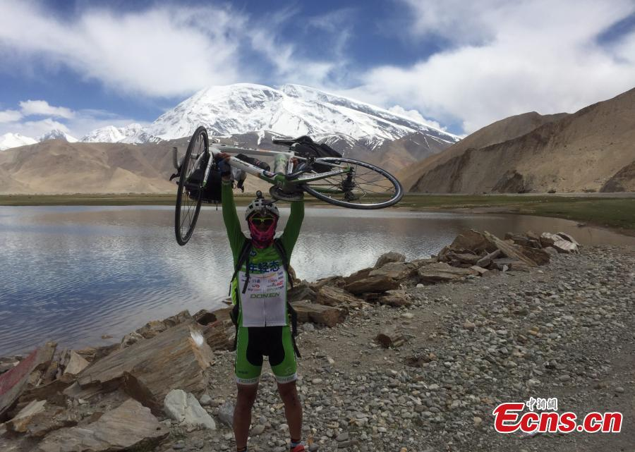 15,800 kilometers in 87 days, cyclist rides from China to Portugal