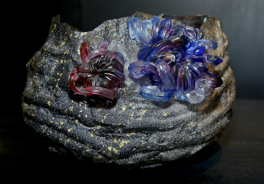 Contemporary Chinese glass art exhibition held in Brussels