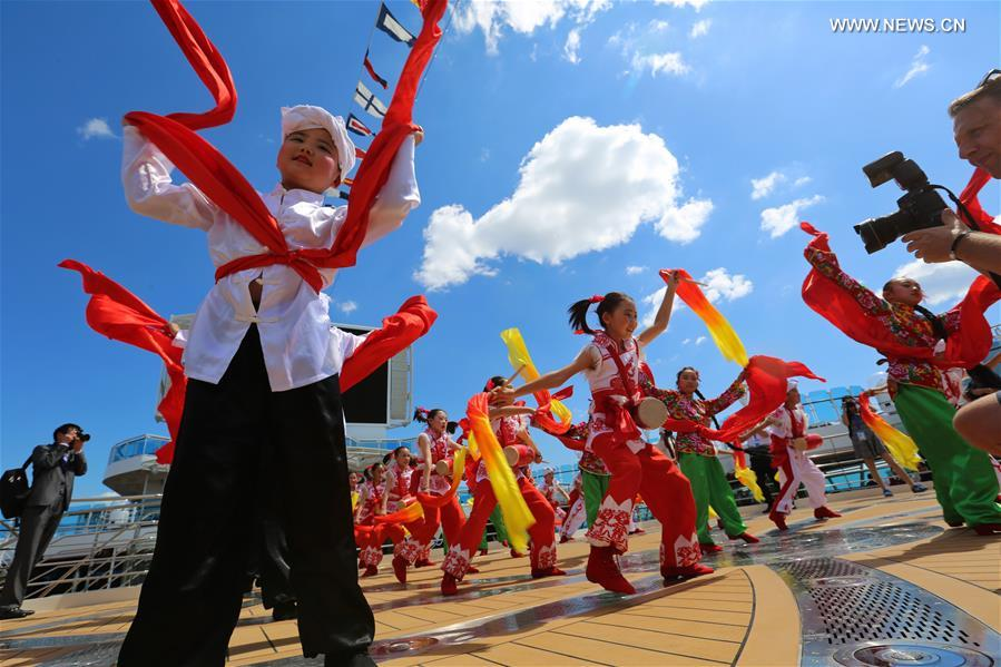 Chinese culture in spotlight on Silk Road cruiseliner