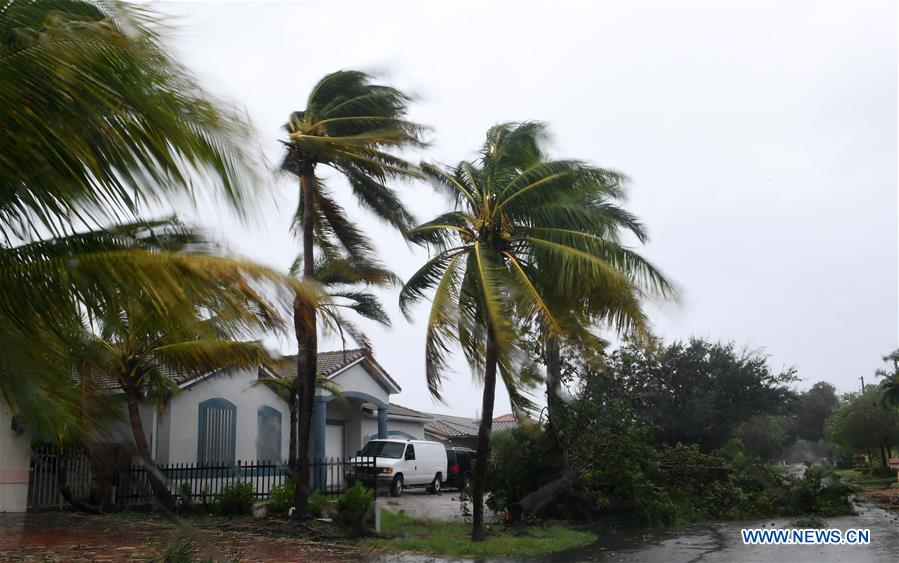 Hurricane Irma makes landfall in Florida Keys