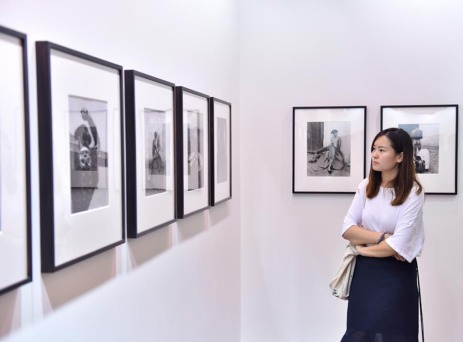 Collectors abuzz at Photofairs Shanghai