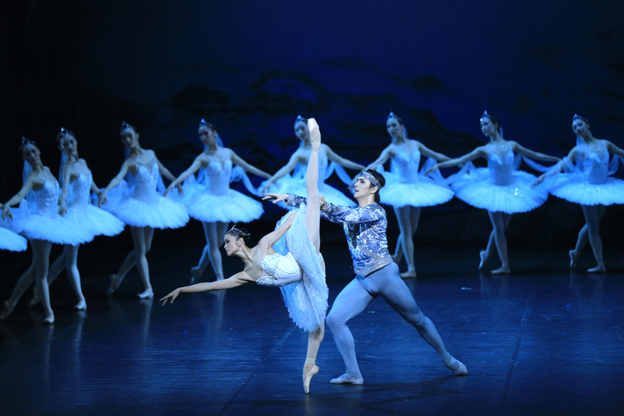 World-class ballet troupes to grace Beijing in November
