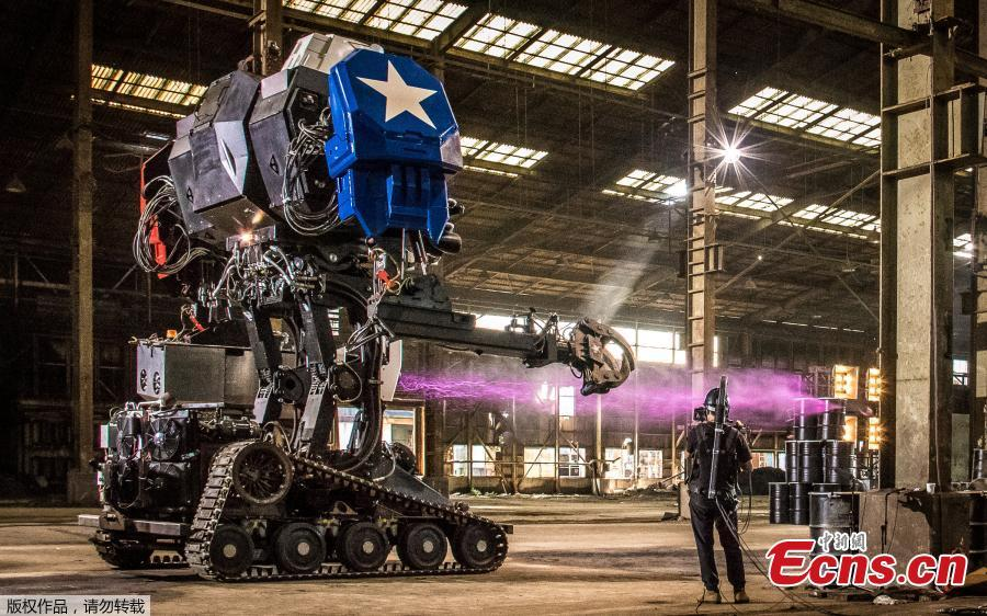 MegaBots defeats Suidobashi Heavy 2-1 in giant robot duel