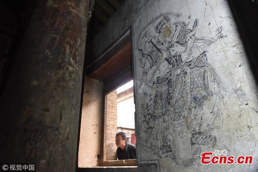 Delicate murals found in unprotected temple in N China village