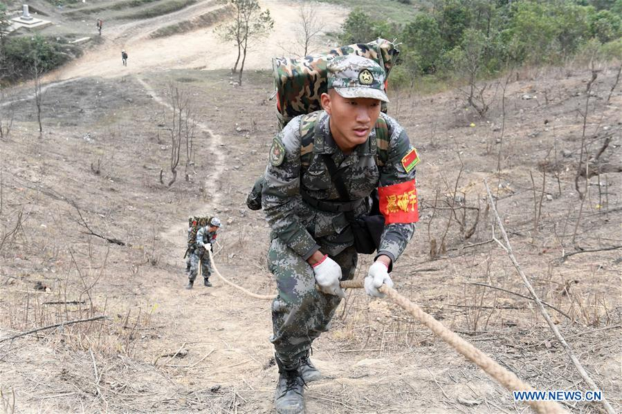 Chinese soldiers begin demining mission along China-Vietnam border