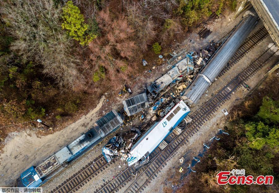 Two dead, more than 100 injured in Amtrak crash in South Carolina