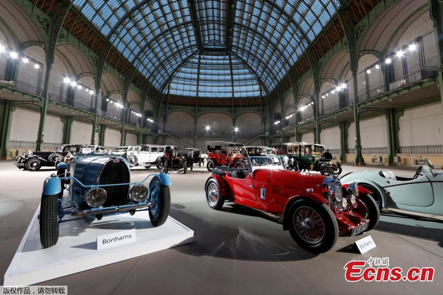 Vintage car show in Paris