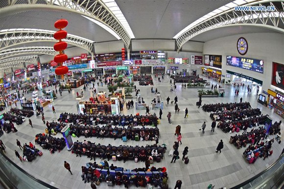 China greets travel peak as people return to work on last day of Spring Festival