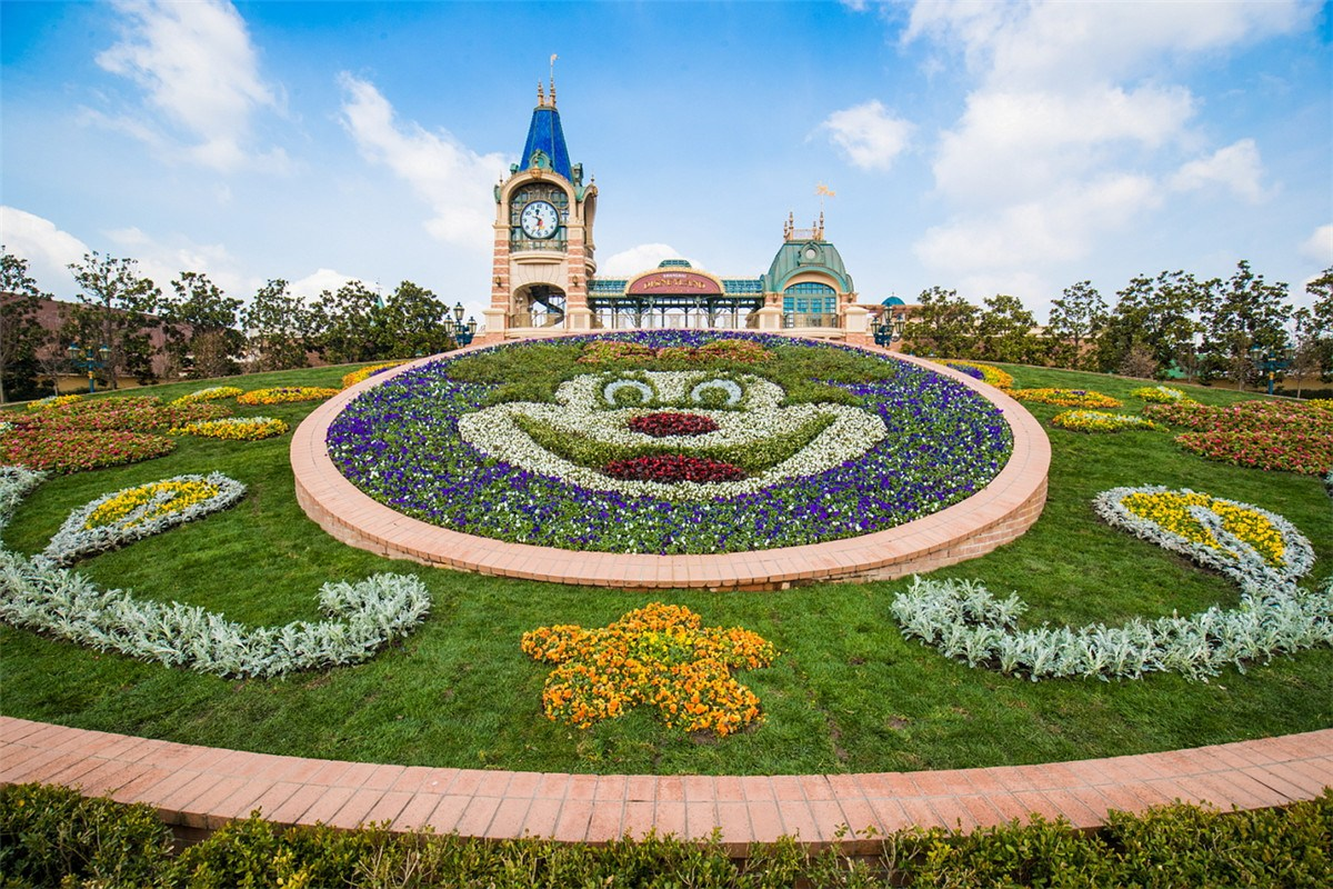 Shanghai Disneyland celebrates spring with brand new experiences