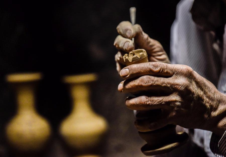 The watchman of earthenware in Kashgar