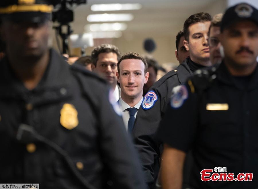 Zuckerberg apologizes for Facebook mistakes
