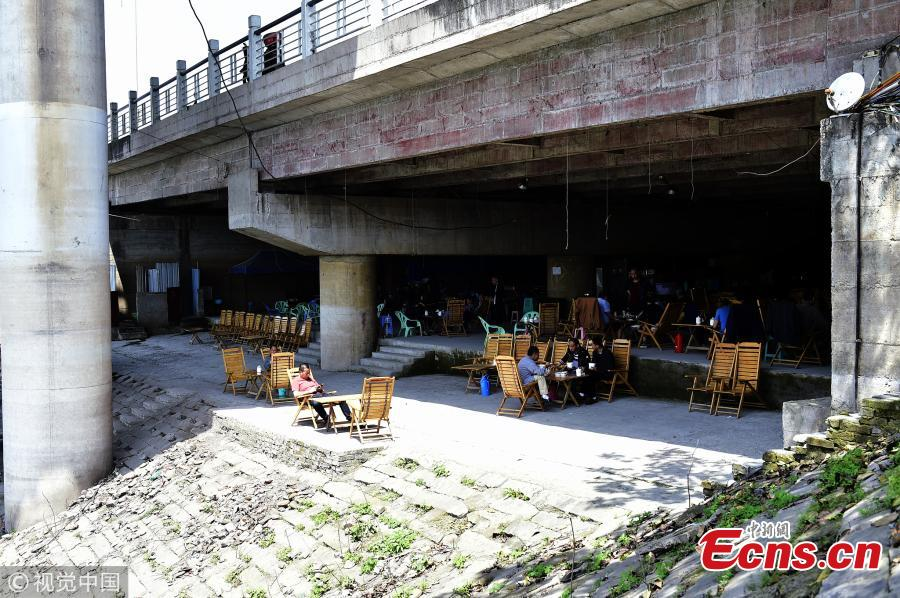 Tea house under bridge popular in summer