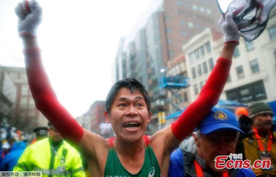Linden, Kawauchi win Boston Marathon