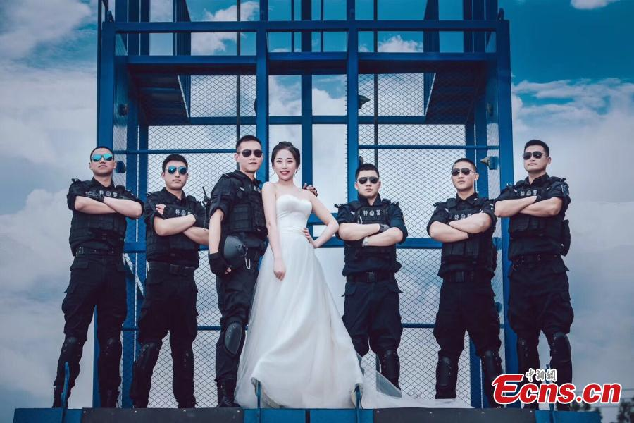 Special police officer takes 'special' wedding photos