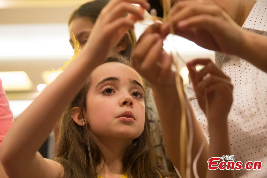 U.S. students embrace Chinese culture in NYC