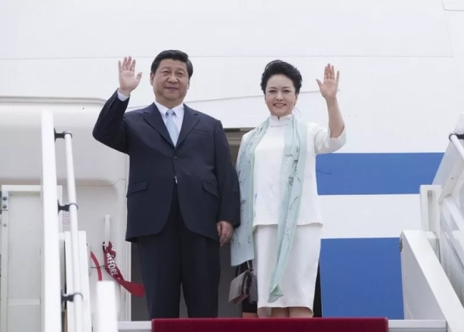The love story of Xi Jinping and Peng Liyuan