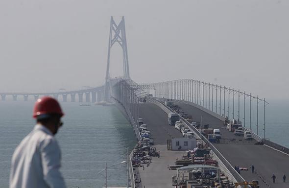 HK-Zhuhai-Macao Bridge set to finish major construction works by year's end