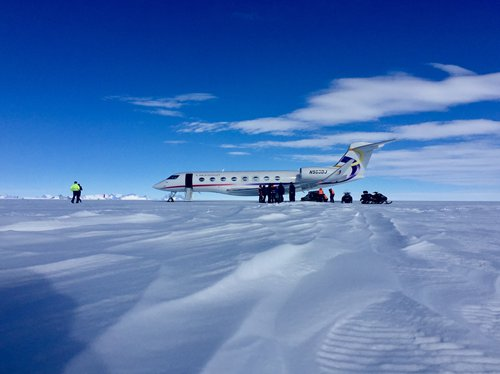 Chinese flight to Antarctica a success, signal of new era in tapping polar travel